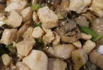 素炒.鸡胸平菇的做法