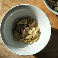 红豆莲子百合汤的做法图解3