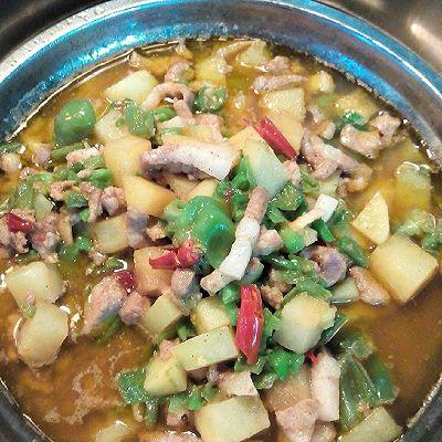 东北土豆肉酱(家常辣椒,土豆,肉)