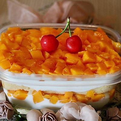 芒果奶油盒子蛋糕