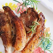 #人人能开小吃店#宅家大餐迷迭香法式羊排