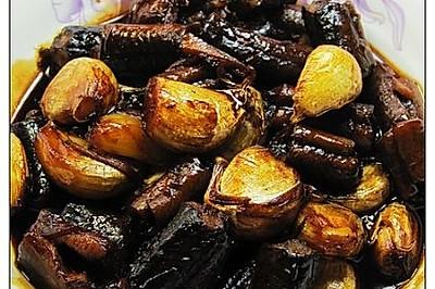 大蒜头烧黄鳝段