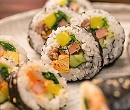 【紫菜包饭】换个方法吃白米饭,想拒绝都难!的做法