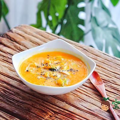 宝宝辅食:三文鱼南瓜浓汤