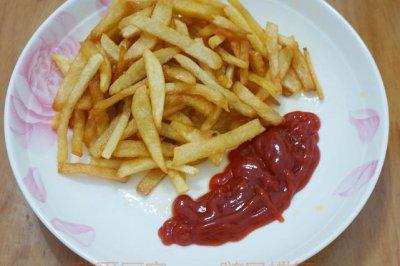 自制薯条和番茄酱,比肯和麦家还好吃哦!!