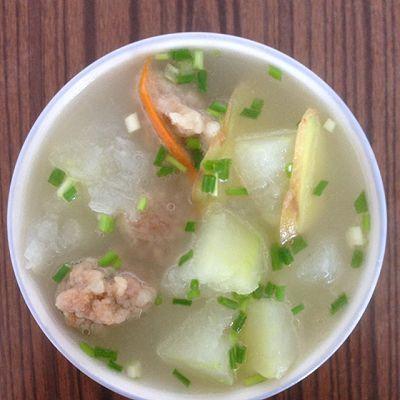 冬瓜酥肉汤