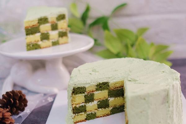抹茶棋格蛋糕的做法