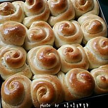 芝麻脆皮小面包