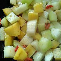 素烧土豆冬瓜(减肥美容佳品)的做法图解1