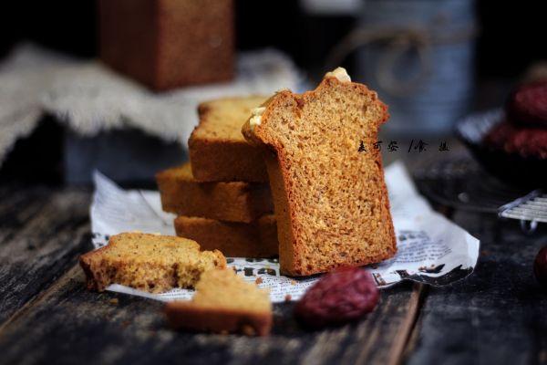 红糖养生枣糕的做法