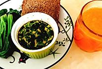菠菜炖蛋➕胡萝卜苹果汁的做法