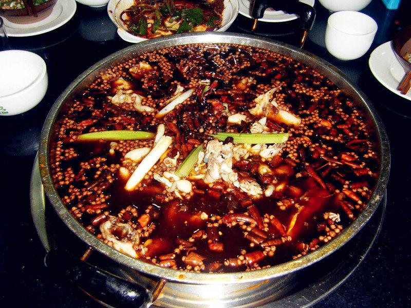 美蛙魚頭火鍋料炒制作_美蛙魚頭火鍋的做法_美蛙魚頭圖片