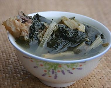 菜干猪骨(猪肺)汤的做法