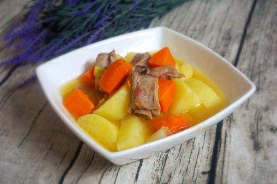土豆清炖排骨