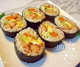 牛油果玉米肠肉松寿司的做法