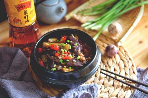 酱香肉末茄子煲#金龙鱼外婆乡小榨菜籽油 最强家乡菜#的做法