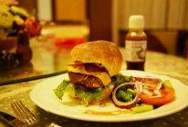 芝士牛肉汉堡+汉堡面包的做法