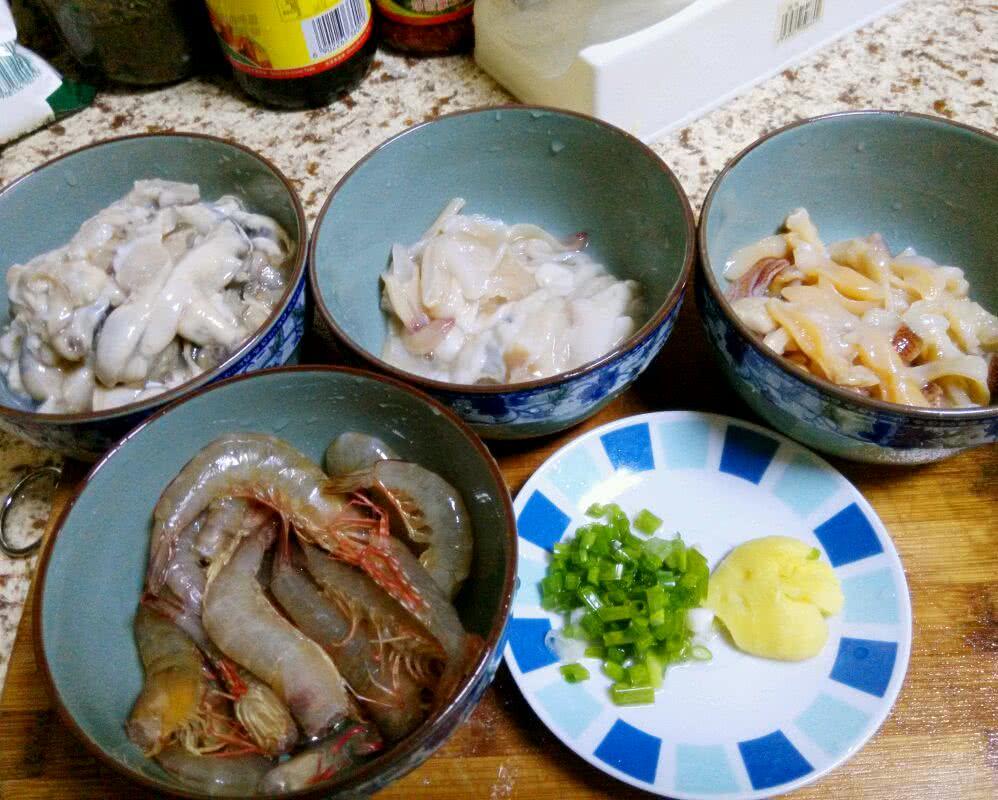 北海地道海鲜粥