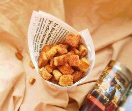 #夏日消暑,非它莫属#黄油蜂蜜中意小方的做法