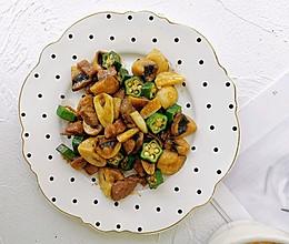 蘑菇秋葵牛肉粒的做法