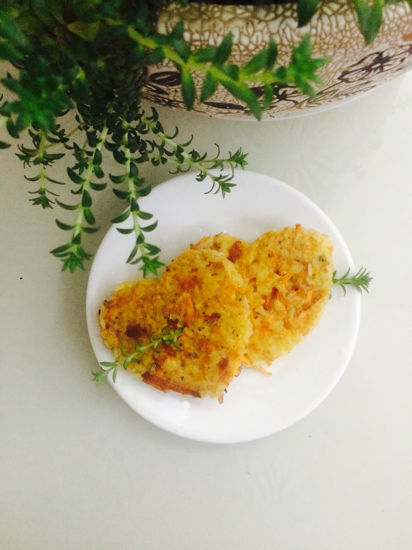 胡萝卜火腿蛋煎米饼的做法图解8