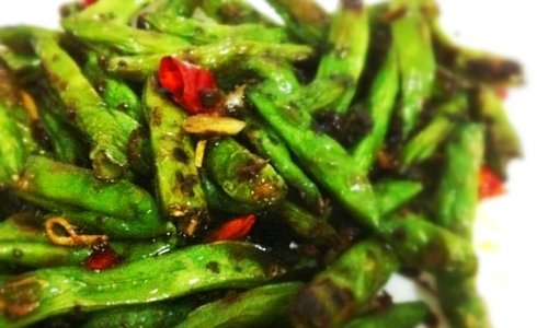 正宗川味干煸豆角(芽菜版)的做法