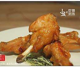 烤鸡翅:酱油与白糖就很美味的做法