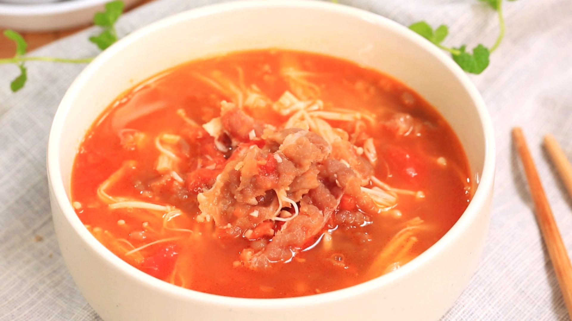 番茄肥牛锅-迷迭香米饭里蒸蒸笼怎么做图片