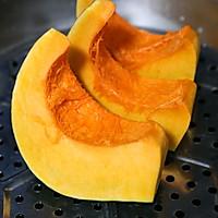 藜麦南瓜包~花朵面包的做法图解2