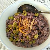 蟹黄豆金针菇黑米小米粥的做法图解5