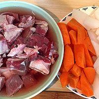 软糯的牛肉清香的萝卜·炖牛肉的做法图解1