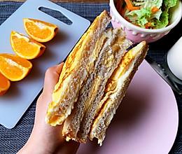 快手早餐鸡蛋芝士吐司三明治的做法