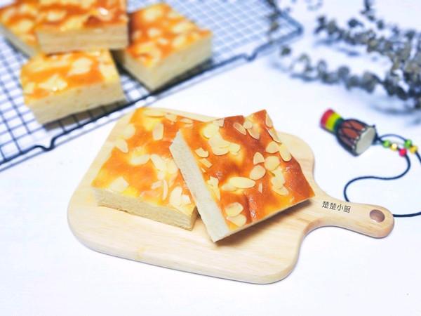 糖粉杏仁切块面包的做法