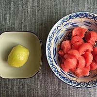 甜蜜的味道/西瓜猕猴桃汁的做法图解1