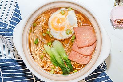 餐蛋面,用平价的美食表达平凡的爱意 #母亲节,给妈妈做道菜#