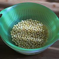 关于豆浆:干豆磨浆好还是泡豆磨浆好的做法图解2