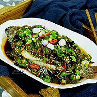 【双椒辣子酱淋鱼】#每道菜都是一台食光机#