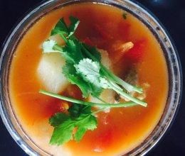 牛腩番茄山药汤的做法
