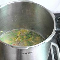 #苏泊尔巧易旋压力快锅#青豆玉米排骨饭的做法图解6