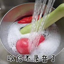 番茄鸡蛋、藕粉扇贝柱豆腐汤