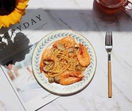 #精品菜谱挑战赛#海鲜茄汁意大利面的做法