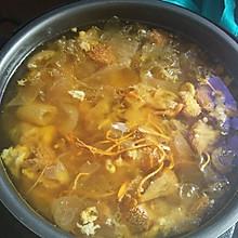 猴头菇煲鸡汤