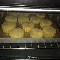 广式-白莲蓉蛋黄月饼的做法图解14