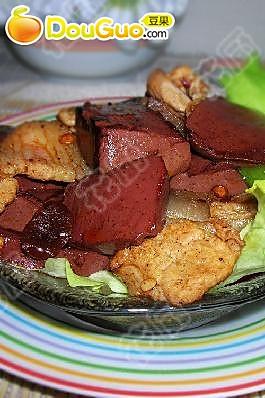 肉片炒血豆腐