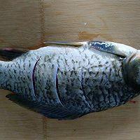 红烧鲫鱼#金龙鱼营养强化维生素A  新派菜油#的做法图解2