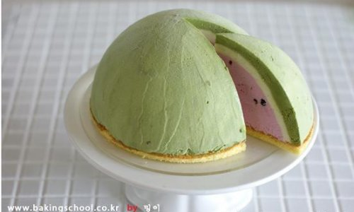 西瓜冰淇淋的做法