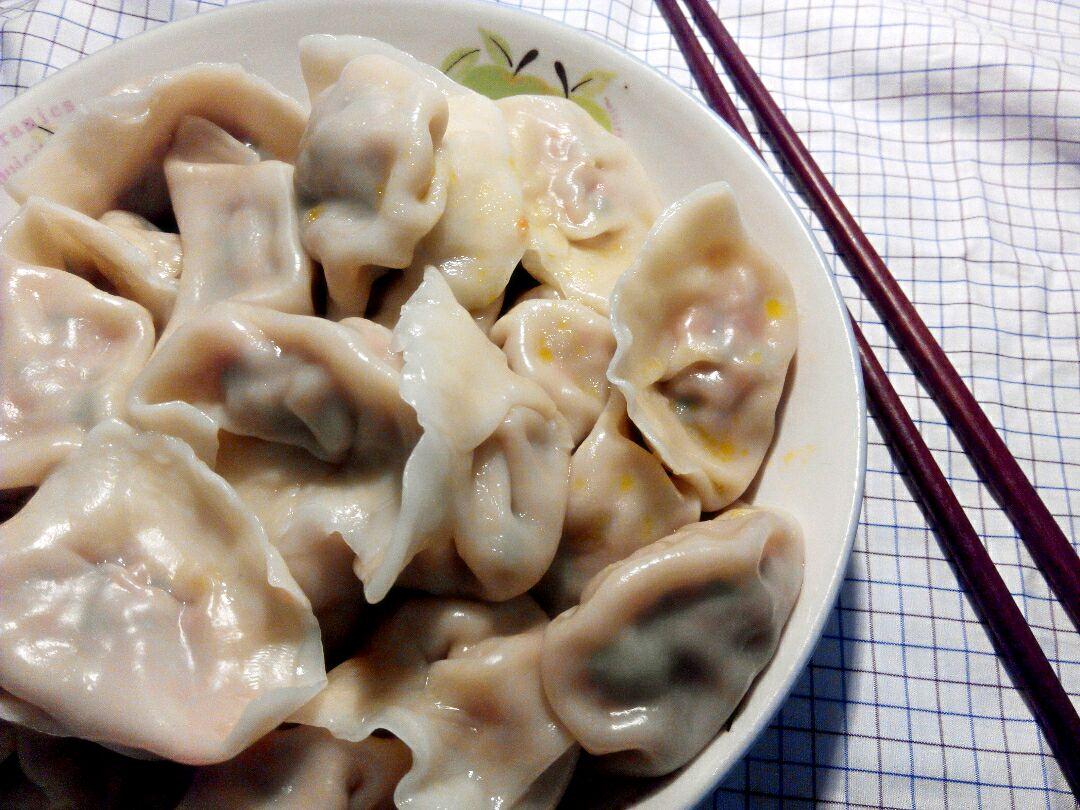 胡萝卜香葱饺子(月牙型包法)的做法图解8