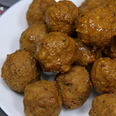 香酥入味的豆腐猪肉丸子来一个吗?的做法 步骤3