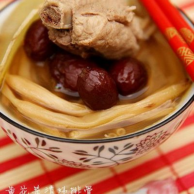 黄花排骨美白汤