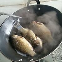 正宗鲫鱼汤的做法图解4